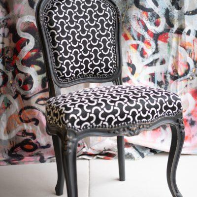 Chaise de style Louis XV tapissier Le Mans vente antiquité