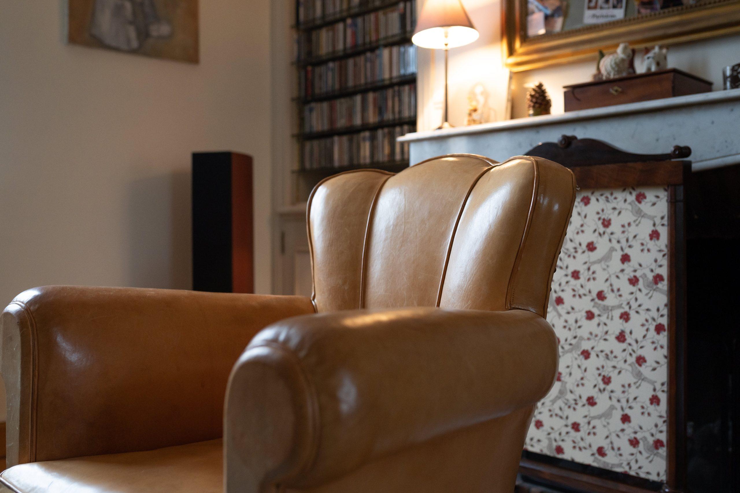 cuir fauteuil club tapisier Le Mans
