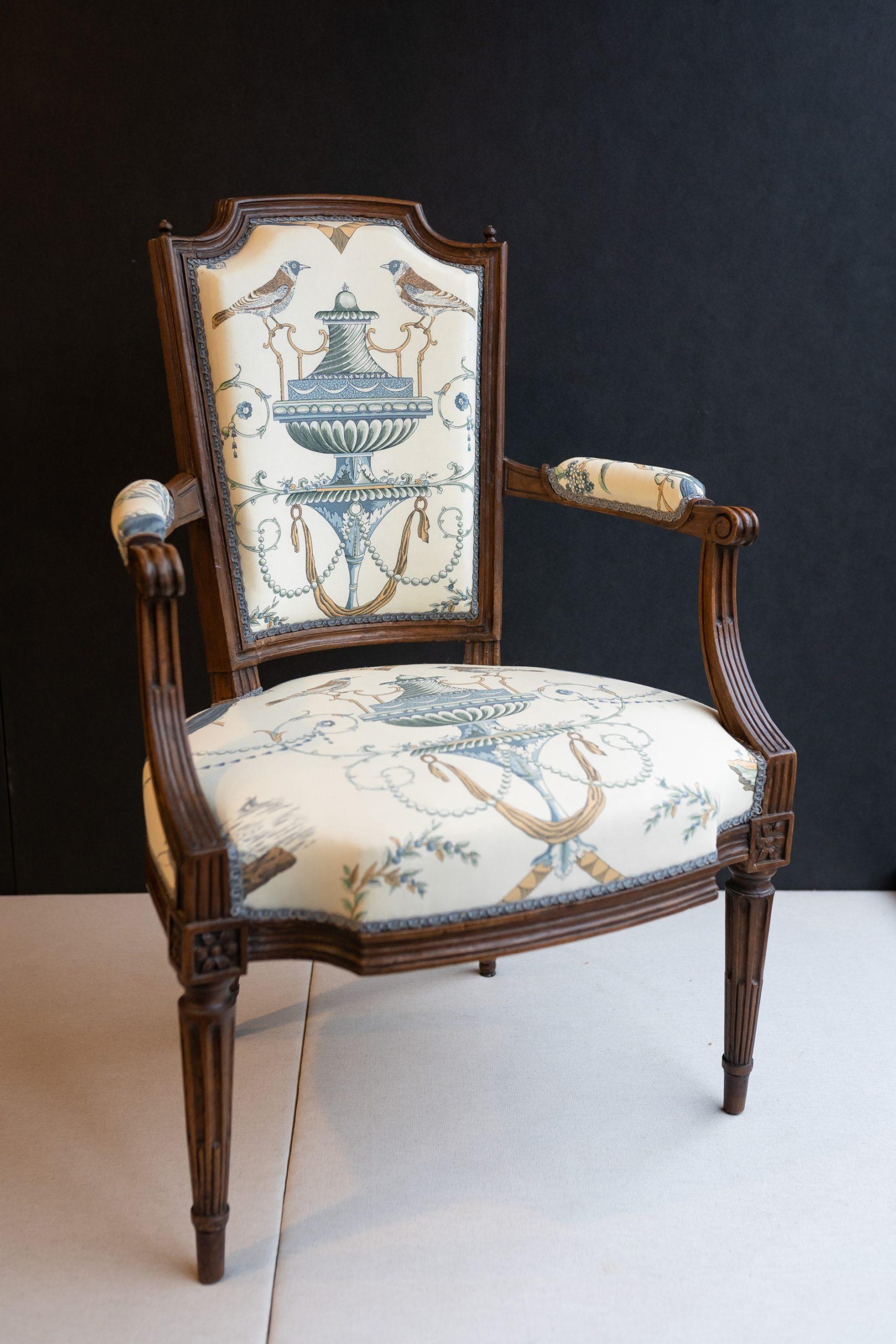 siége fauteuil louis XVI noyer bois